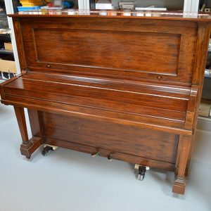 Steinway & Sons Piano – Model K